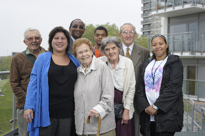 Anood with Southwark residents